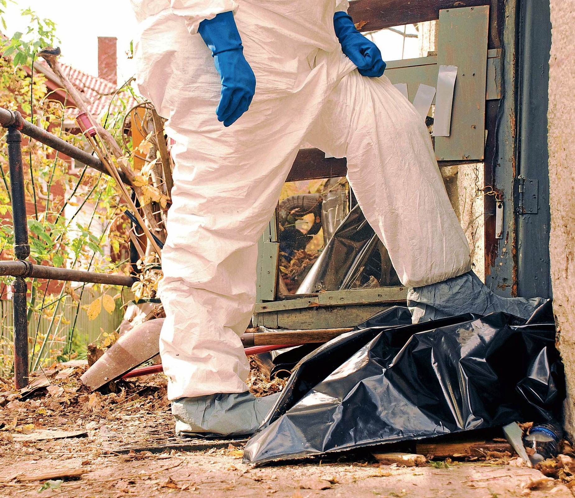 Rent Com: Could You Be Managing A Drug Lab?