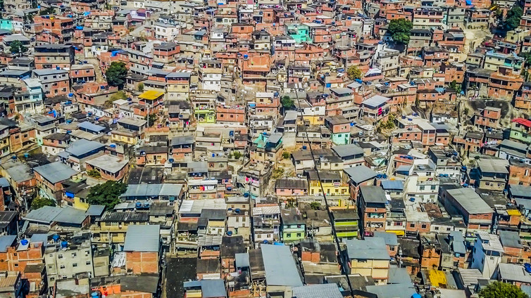 Informal settlements are here to stay: Rio de Janeiro, Brazil. Hesam Kamalipour, Author provided