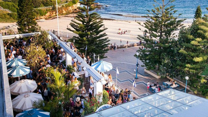Drink in the view at these amazing Aussie rooftop bars - Rent Blog