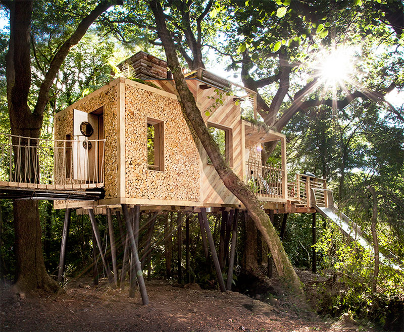modern-treehouse-design-170117-1143-01
