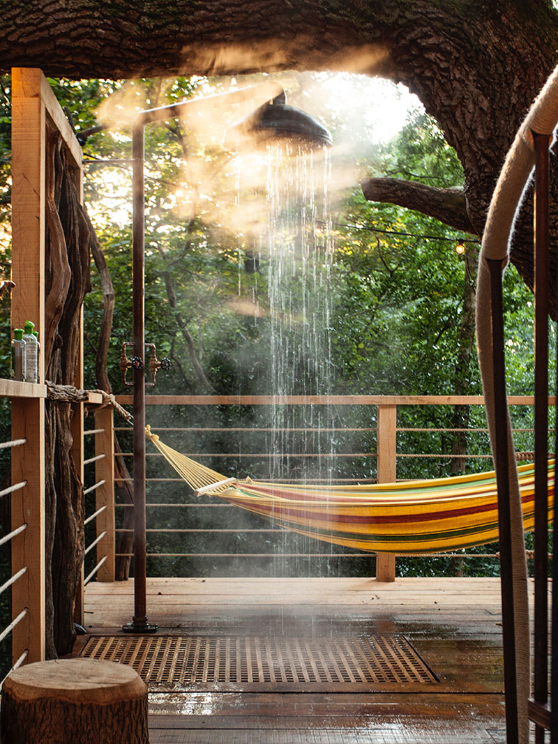 outdoor-shower-treehouse-170117-1144-11