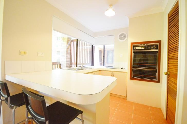 A well-presented 2-bedroom apartment in Wembley, WA for $275/pw.