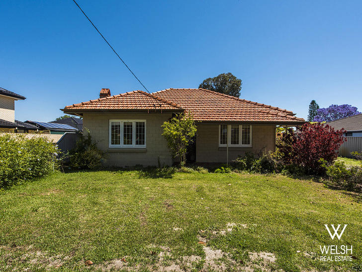 Just metres from Peet Park in Kewdale, WA - This 3-bedroom property is NBN ready and Very Walkable.