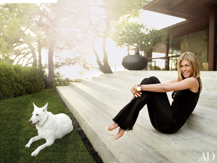 Pics of Jennifer Aniston's Malibu Home