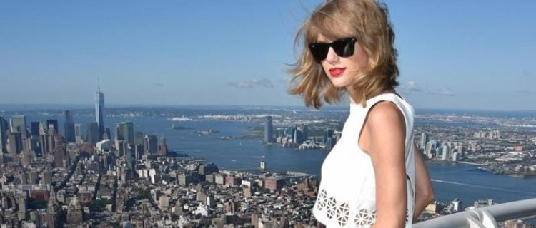 Home Snoop...Inside Taylor Swifts New York Penthouse