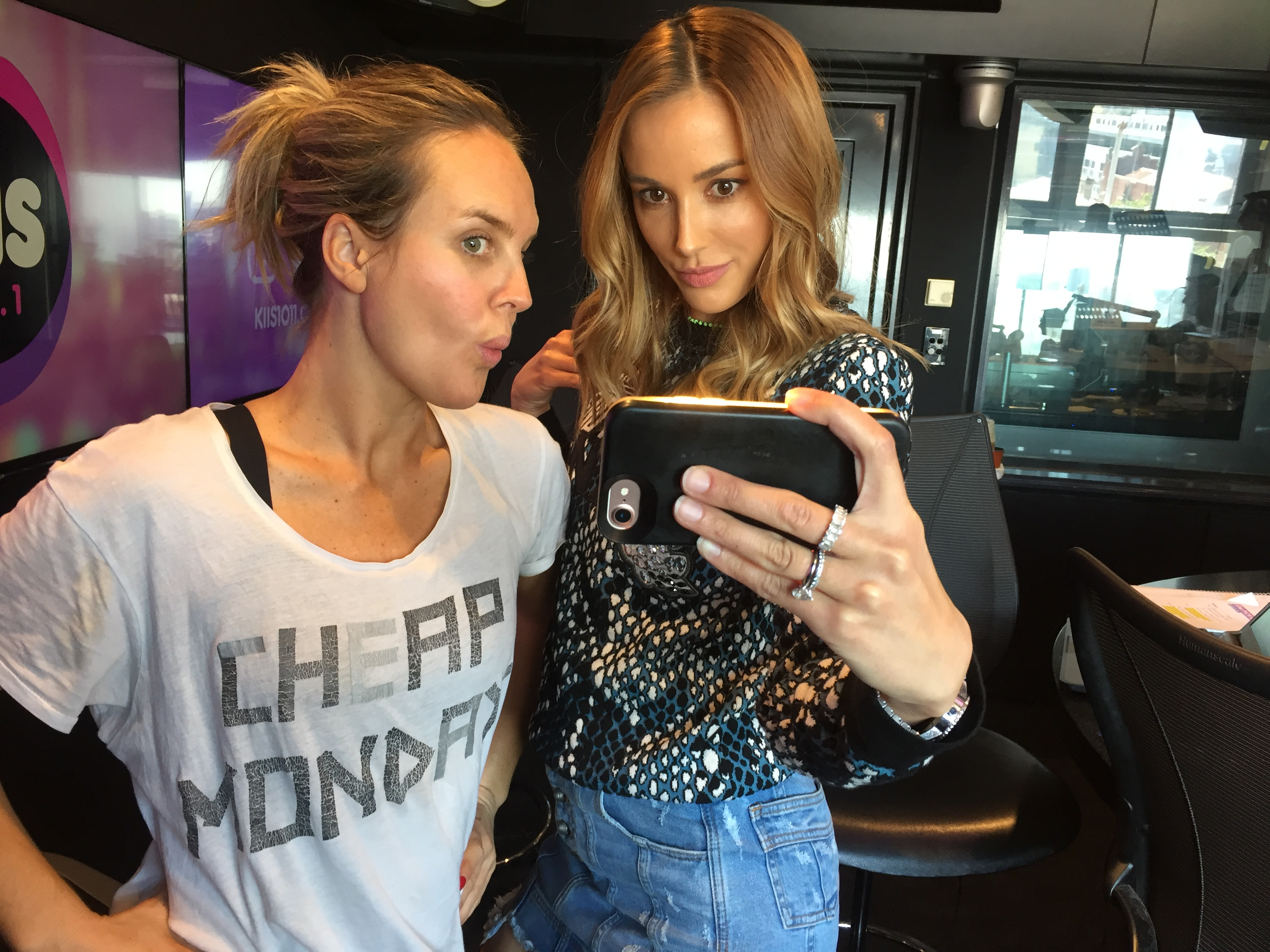 Bec Judd shares her top three selfie tips with us!