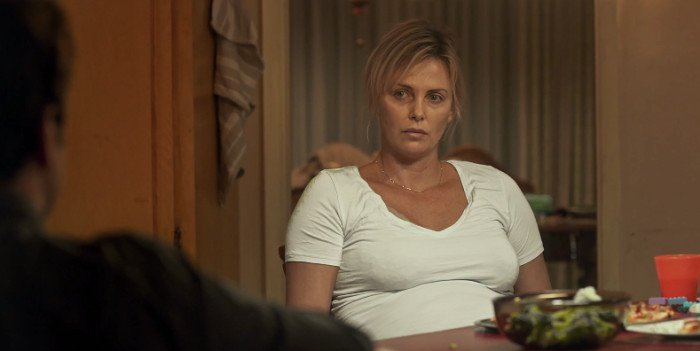 tully-charlizetheron-table-tired-700x351