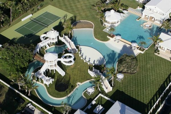 An aerial shot of Celine's pool. OMG.  Image: Sotheby's Real Estate