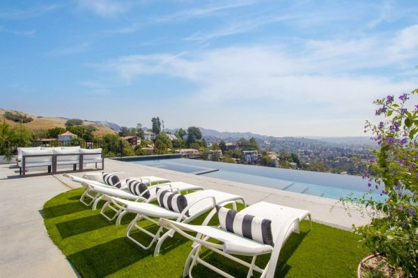 One Direction babe Louis Tomlinson's infinity pool at his Hollywood Hills property. Image: Trulia