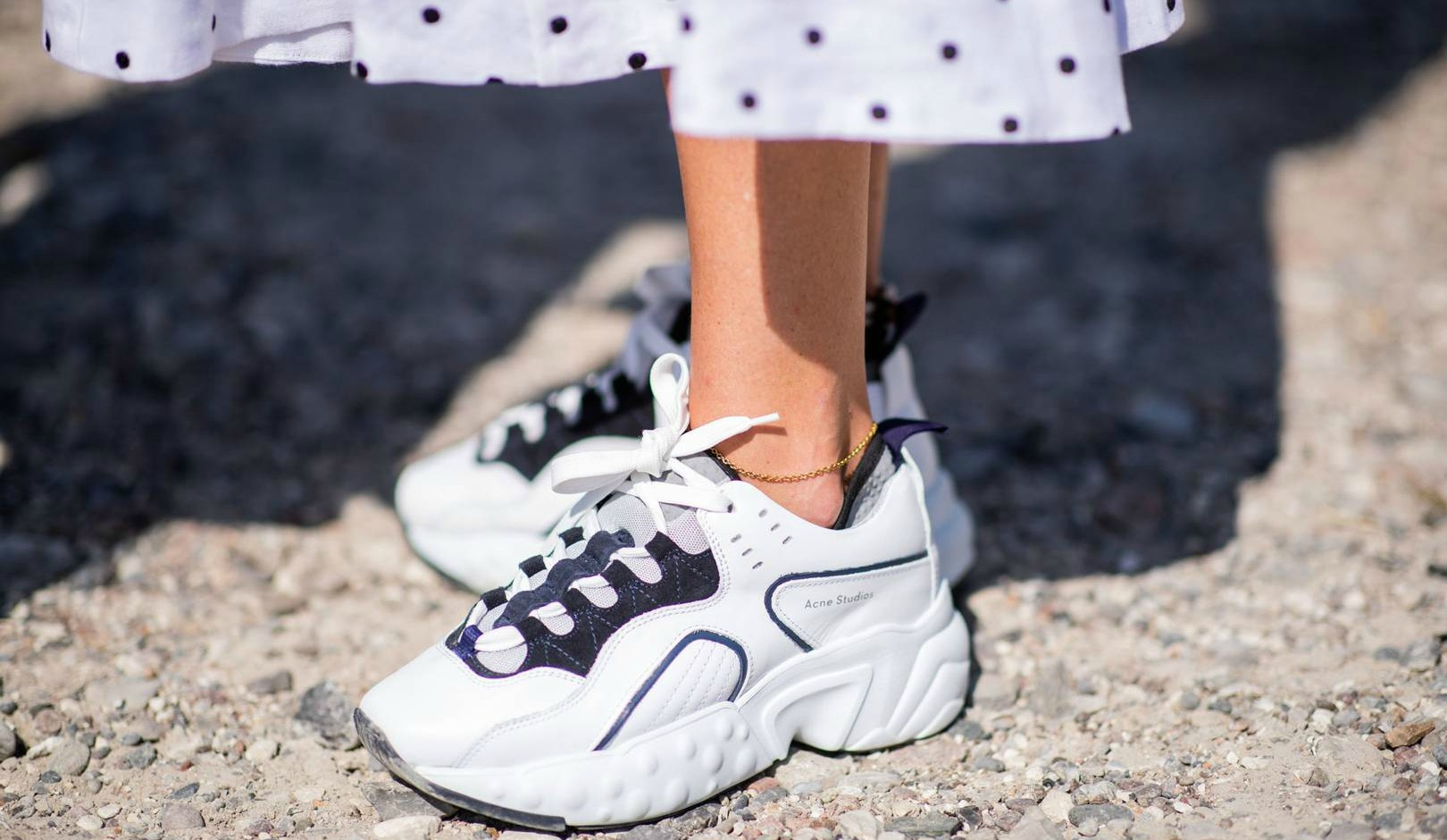 EIGHT fashion trends that need to die