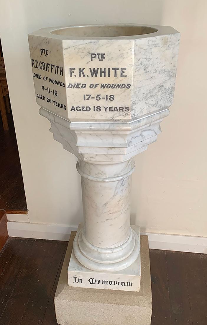 Bellingen Uniting Church First World War Memorial Font