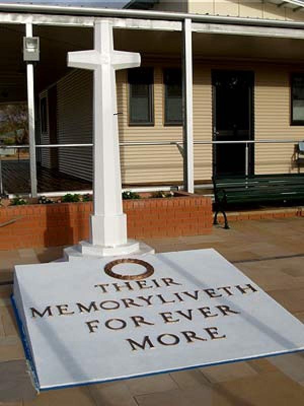 Hay War Memorial Cross, NSW