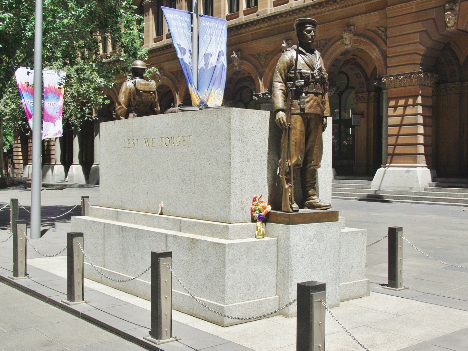 The Cenotaph, Martin Place. Provided by Peter Williams, 2014.