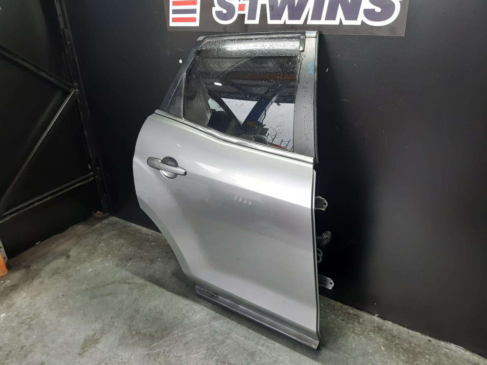 View Auto part Right Rear Door Sliding Mazda Cx7 2010