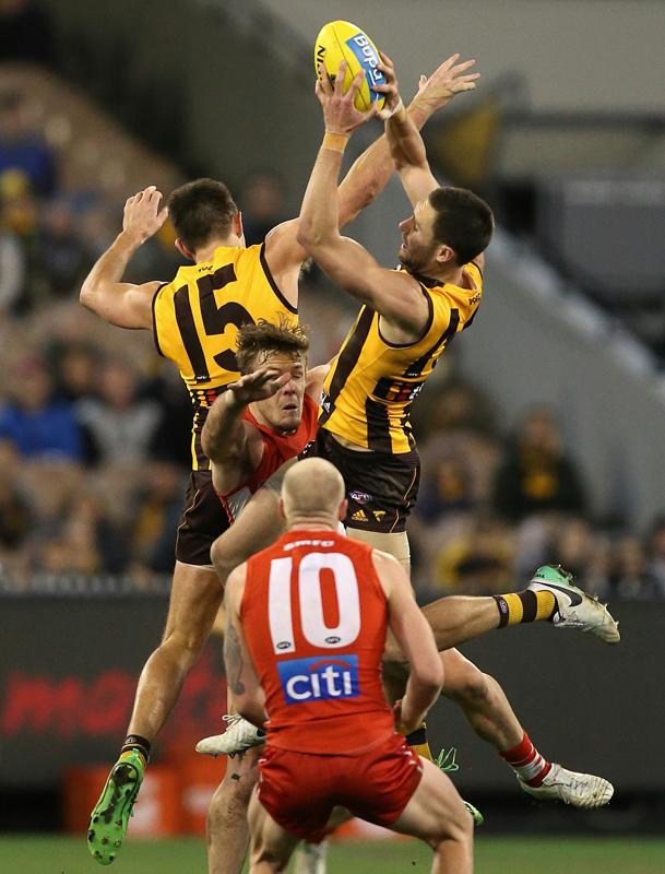 Hawks v Swans