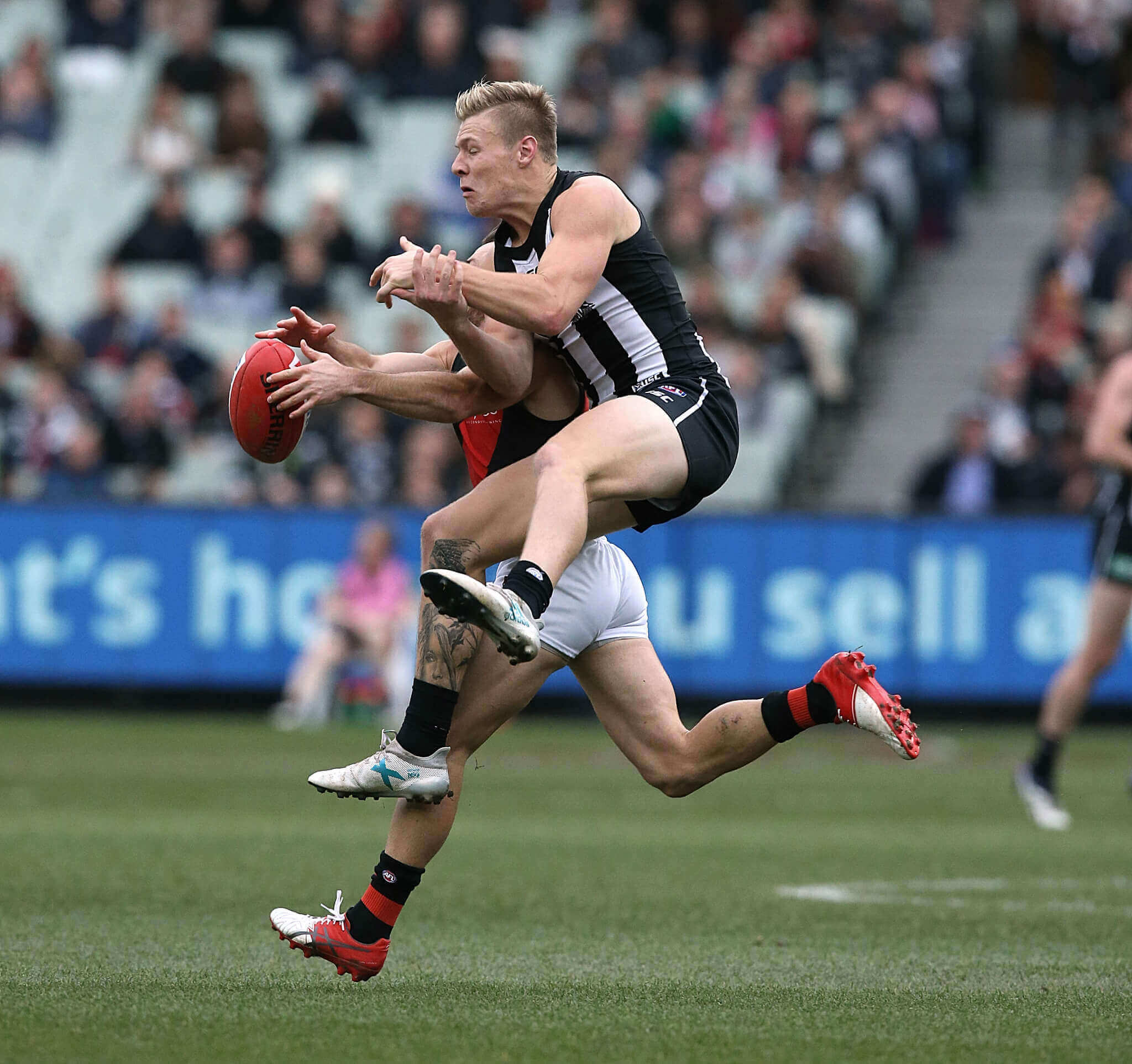 Collingwood v Essendon Rd16