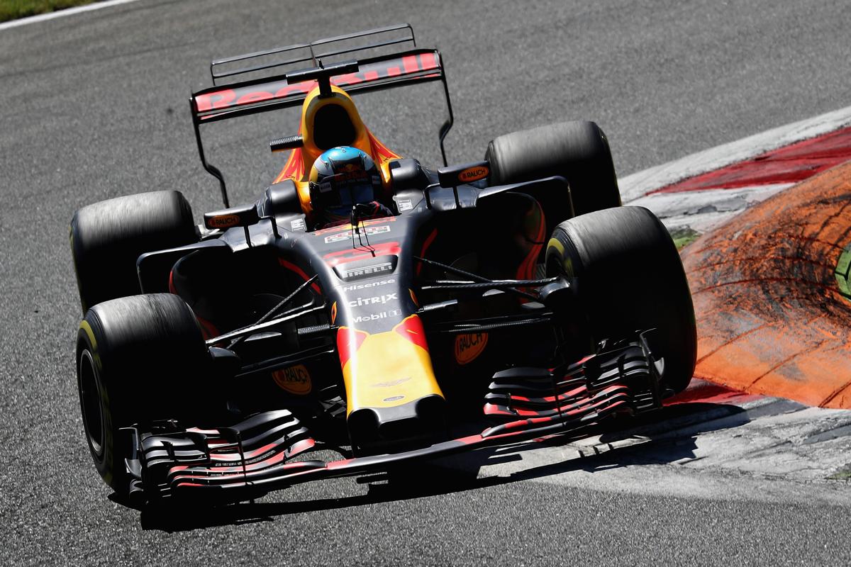 Daniel Ricciardo Driving in Monza