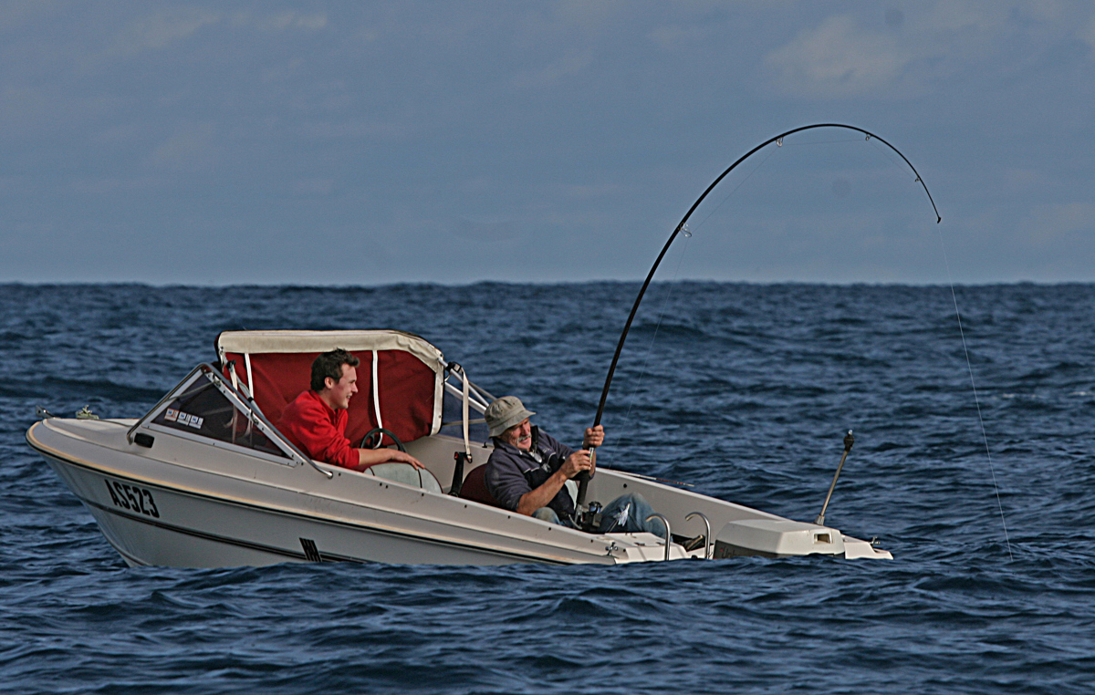 Using threadline reels and low-quality hooks to try and catch big tuna is like playing golf with a broomstick.