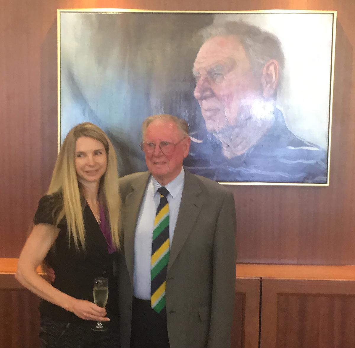 Frank Sedgman with artist Isabella Allis