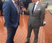 Darren Weir was a one-man show for Channel 7 presenter Jason Richardson at Caulfield.