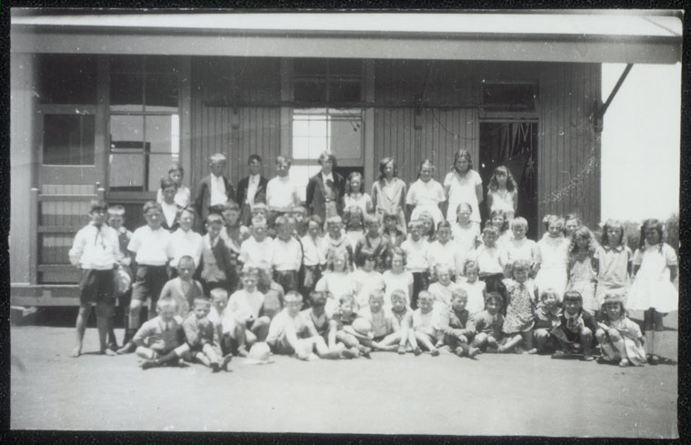 Lake Wyangan Public School - Children in front of newly erected portable classroom. Miss Florence Chant appointed as an assistant