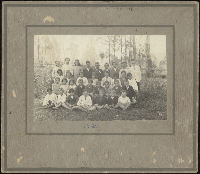 Langley Vale Public School - group photograph [letter attached to back]