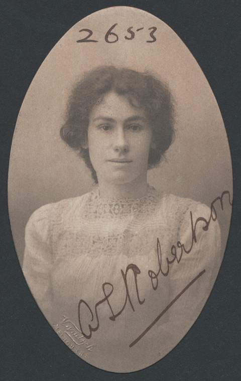 Photograph of Susan Annie Robertson doctor