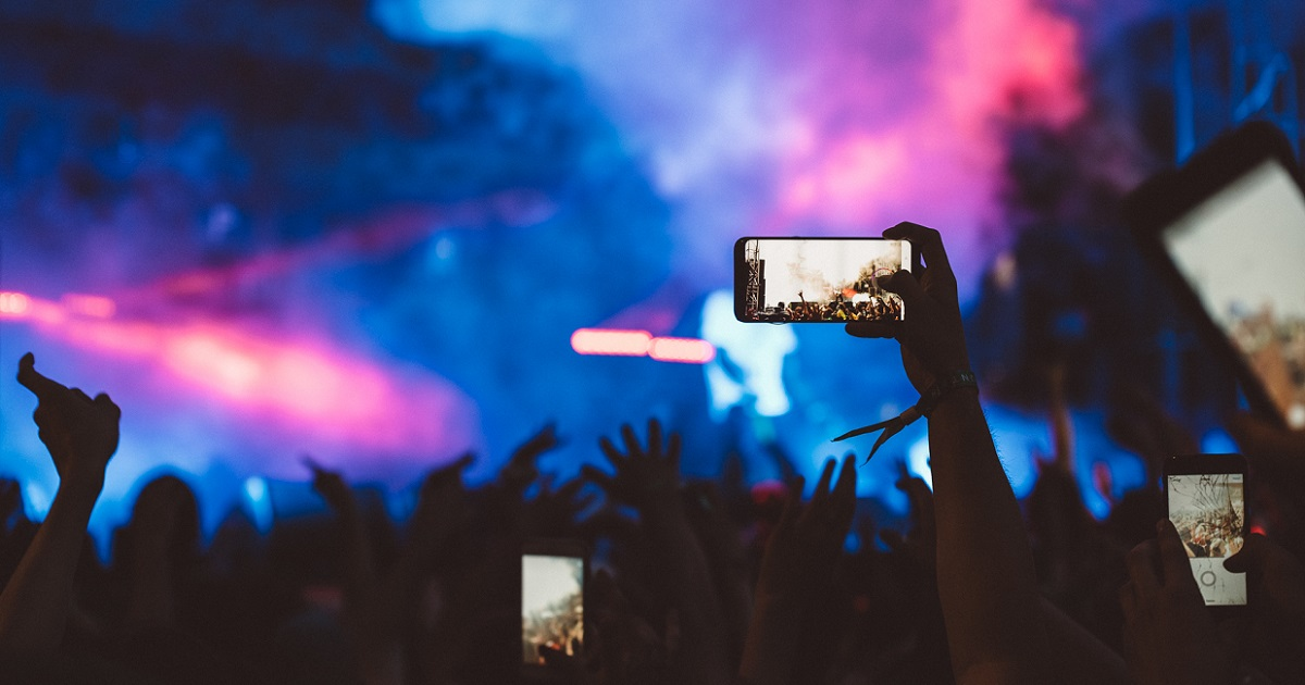 Moshtix Guide To The Best Live Stream Gigs And Events
