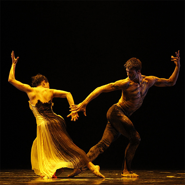 Jake with Ella Havelka in Warumuk: in the dark night. Photography Jeff Busby