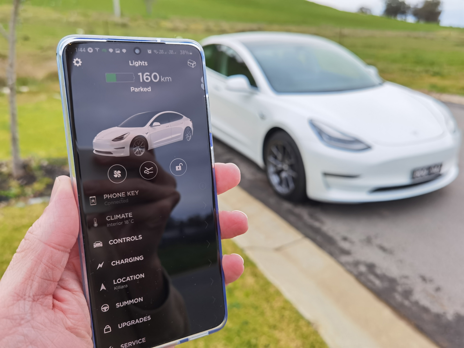 Reminder: Tesla's mobile app has an incredible list of features, years ahead of the competition - techAU