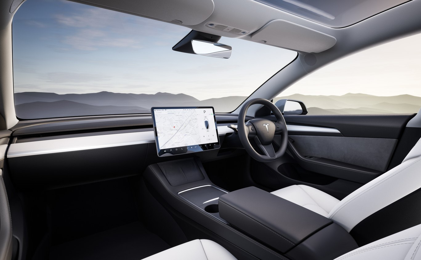 Elon Musk dice FSD 'Tecnología probablemente lista en unos meses', el botón Beta llegará la próxima semana con 10.1, acceso otorgado solo con buenos datos de seguros