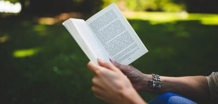 Reading Pexels