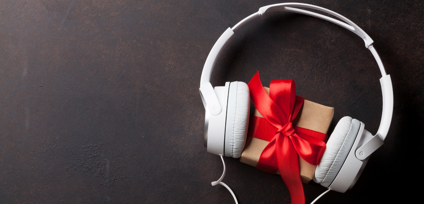 Unwrapping the Appeal of Christmas Ads