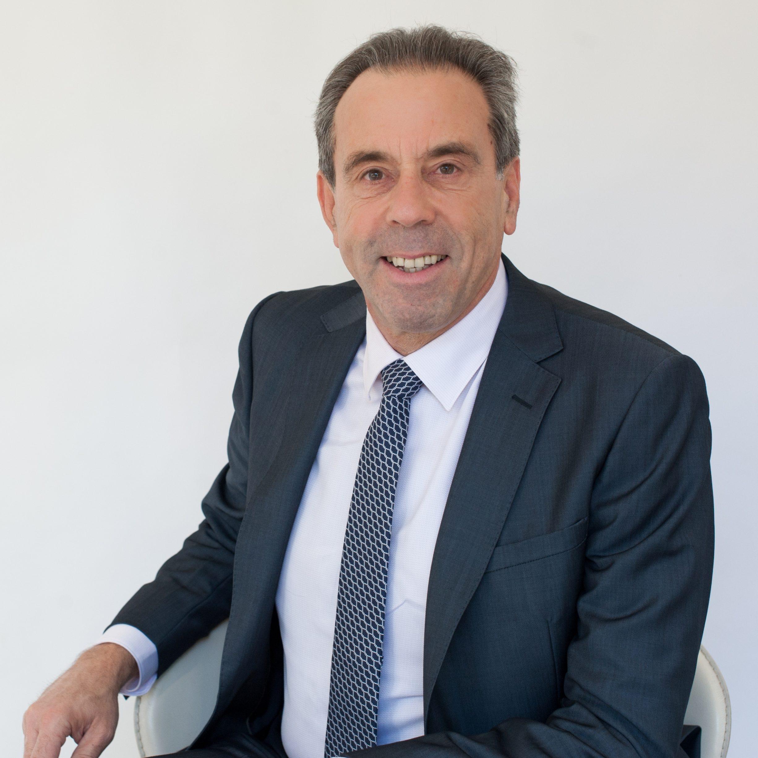 Dr Phil Artemi