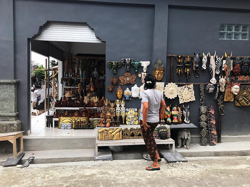 Stores along the road Tegalalang