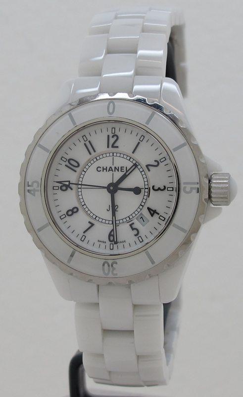 uk availability 78102 2f035 Chanel ref H0968 Ladies White Ceramic 33mm Quartz J12 on ...