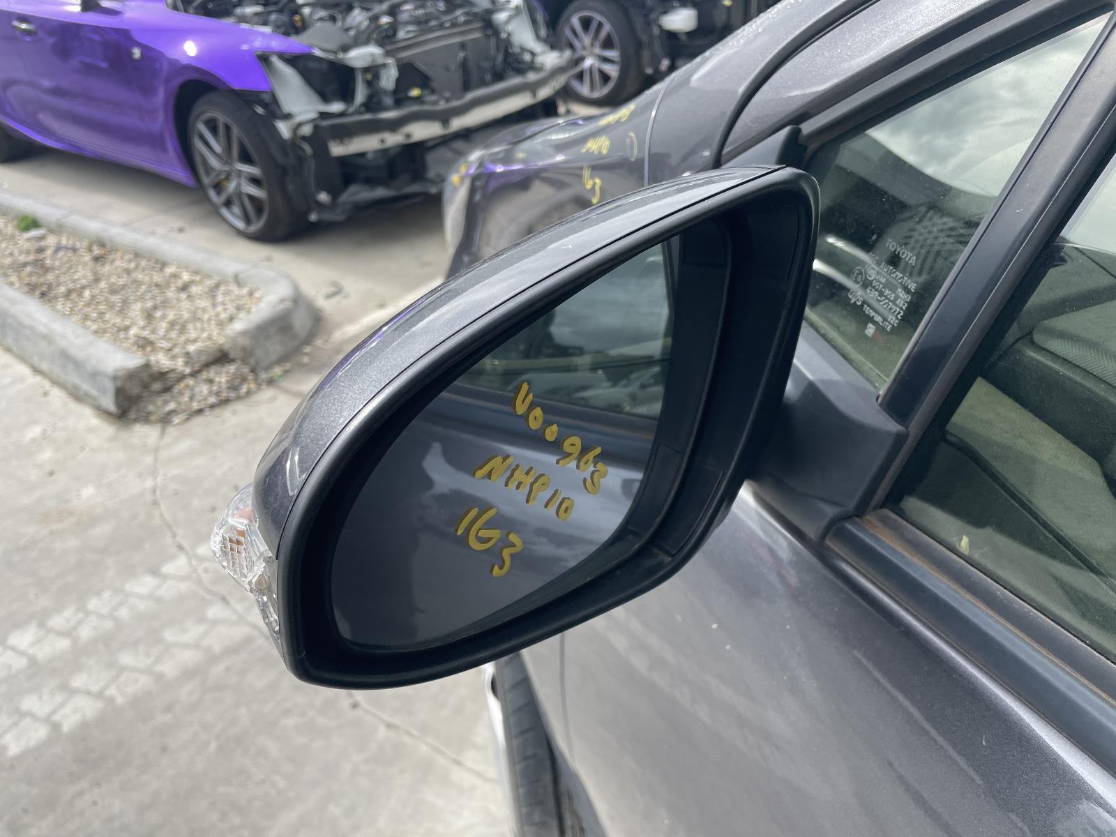 View Auto part Left Door Mirror Toyota Prius 2017
