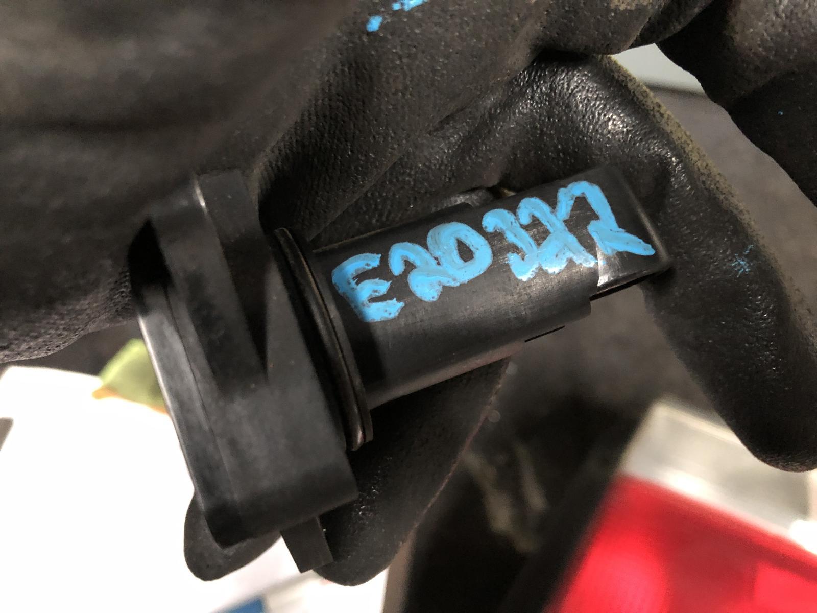 View Auto part Air Flow Meter Lexus Es300 2002