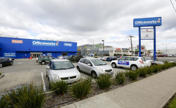 150923-Officeworks-Airport-West_620x380