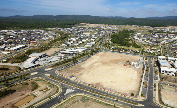 Aerial-view-of-Coles-construction_Feb-2017_620x380