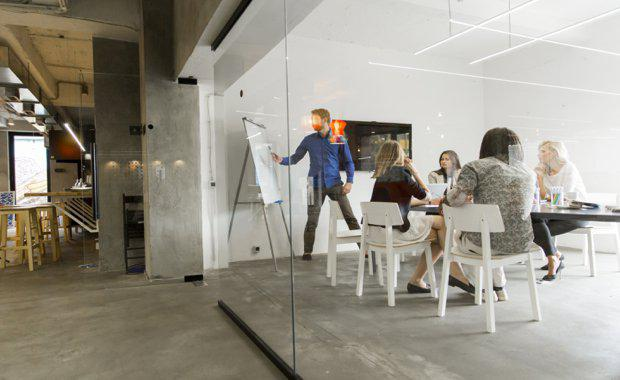 Flexible-Space-Workspace-the-buzz-word-of-2017_620x380