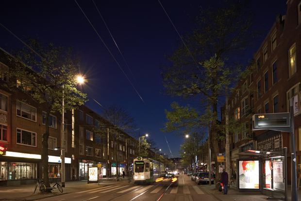 Philips-CityTouch-connected-street-lighting-system-in-Rotterdam