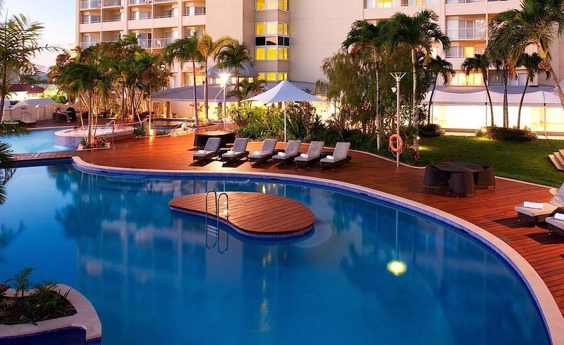 Pullman-Cairns-International-e1431997206861