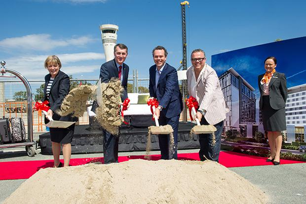 Sod-Turning-of-Brisbane-Airport-Hotels-and-Conference-Centre-LtoR-J-Alroe-Lord-Mayor-A-Flynn-S-Flynn