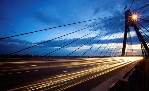 Sydney-Anzac-Bridge-dawn-traffic-iStock