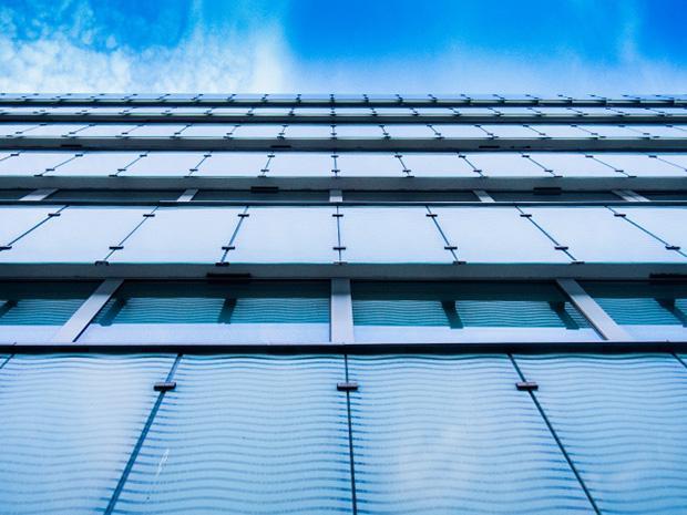 Symmetry-Building-Wall-ID11101-640x480