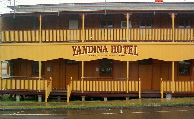 Yandina-pub-e1434344481342