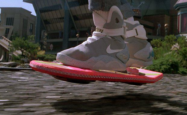 back-to-future-hoverboard-3_620x380