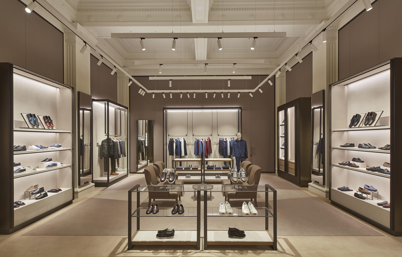 9a7dc22533ae T G Building Scores International Designer Flagship Boutique