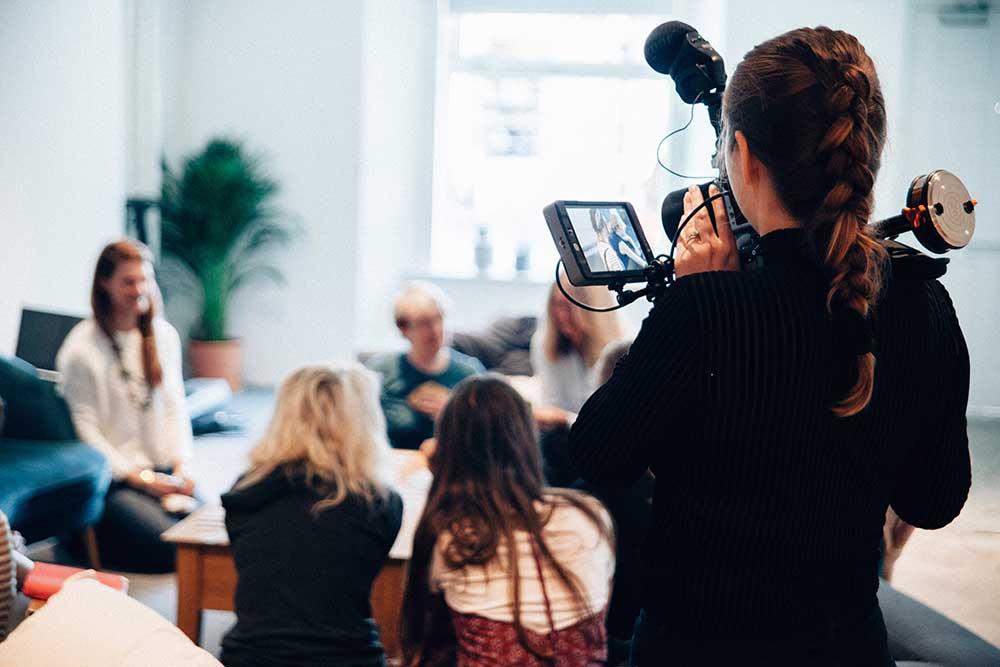 photo of people doing a live recording | photo by vanilla bear films @ unsplash.com